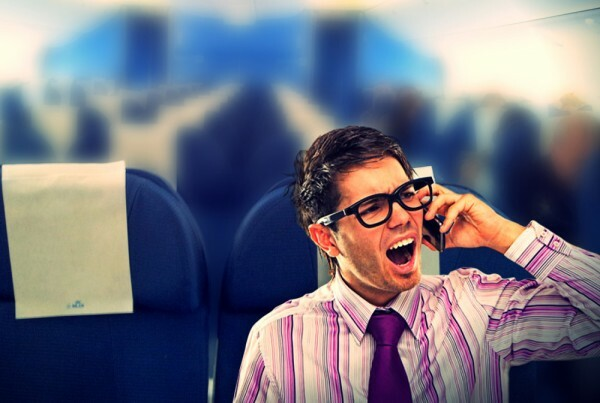 cell-phone-airplane-etiquette1-1000x672