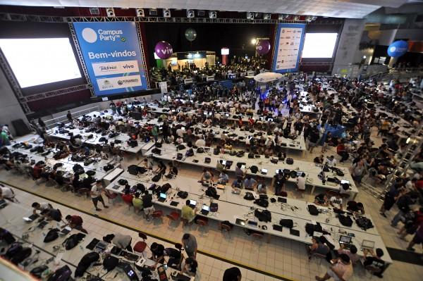 Arena_da_Campus_Party_Recife_2012_-_Pernambuco,_Brasil(2)