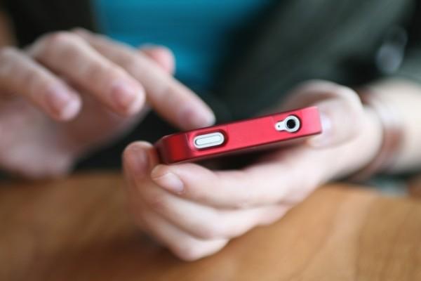 using-smartphone-e1386936532973