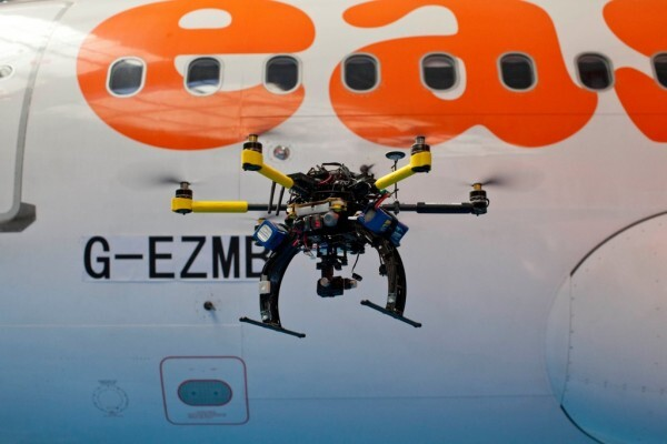 easyjet_drone