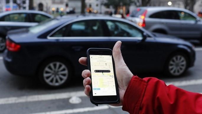 Uber negocia venda de participação para grupo japonês